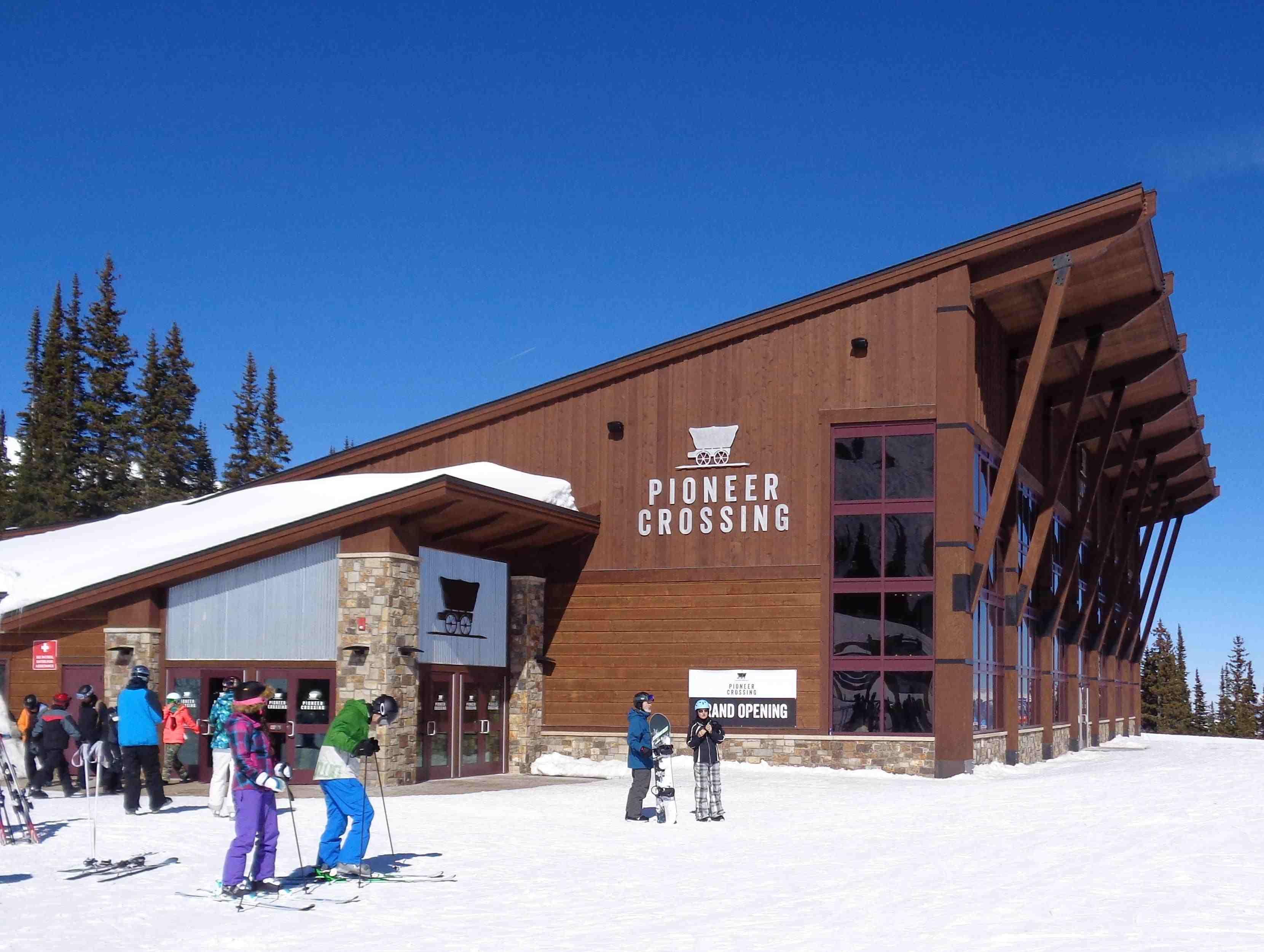 New Peak 9 Lodge