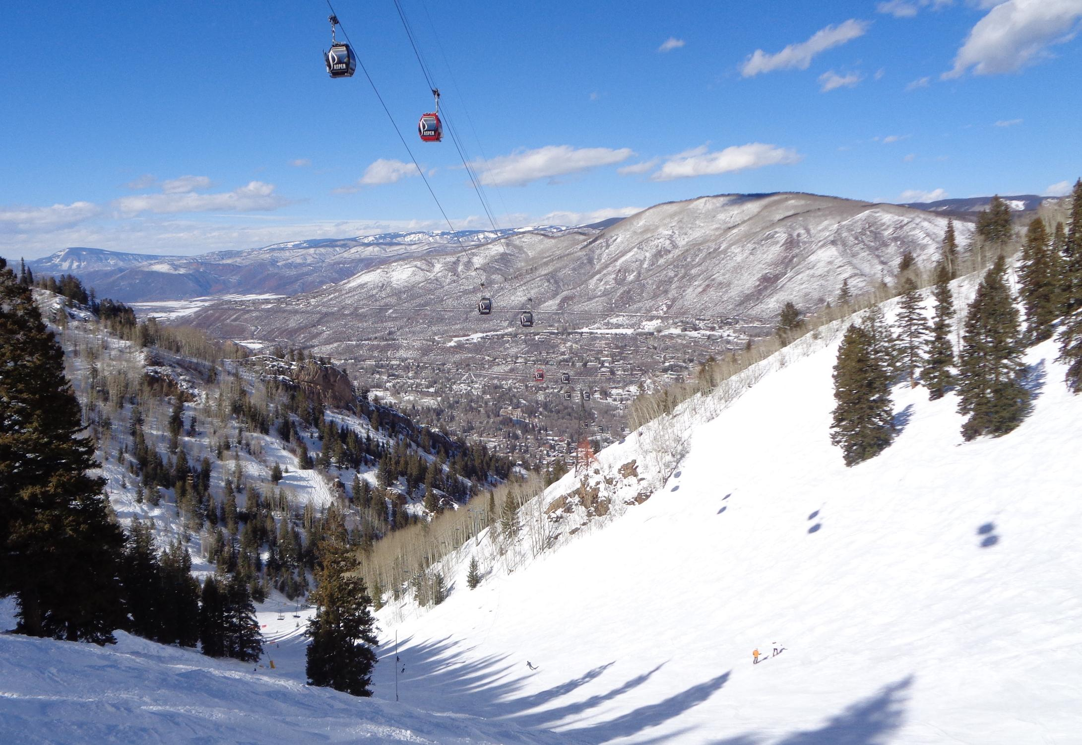 Aspen Gondola along Copper Bowl